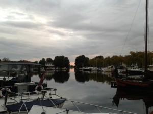 Avondrood in de haven van Blokzijl